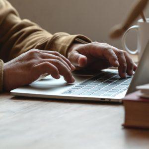 O Projeto que visa prorrogar o início da vigência da Lei Geral de Proteção de Dados.